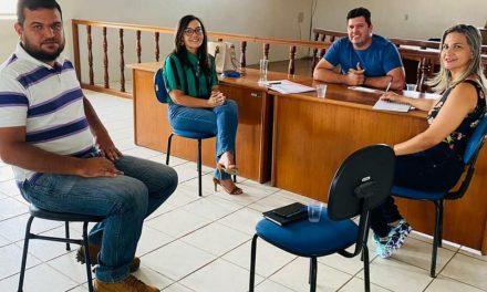 O Prefeito de Prata, Genivaldo Tembório se reúne com secretários e Gerente do Sebrae para revitalização da cultura, turismo e fortalecimento da Geração de renda do município.